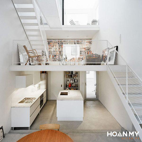 Phòng khách có cầu thang gác lửng - Hình ảnh 2