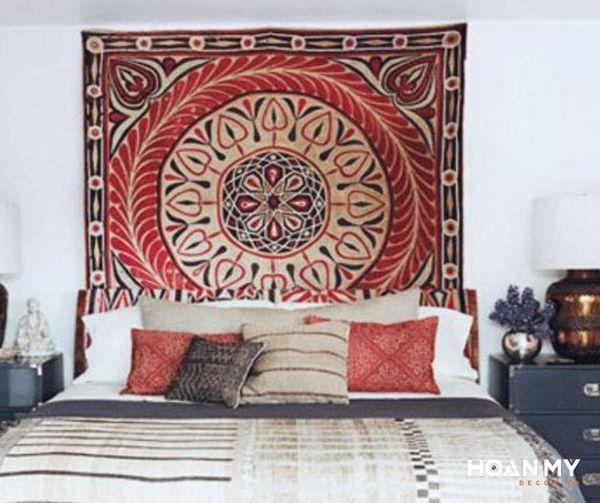 Bạn có thể lựa chọn những tấm thảm hoa văn thổ cẩm khác nhau tùy thuộc vào ý thích cá nhân