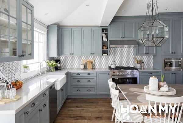 Tủ bếp màu xám xanh - Mẫu 1