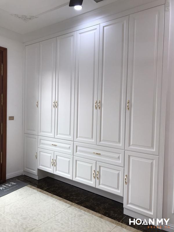 Tủ quần áo gỗ tự nhiên tân cổ điển - Mẫu 8