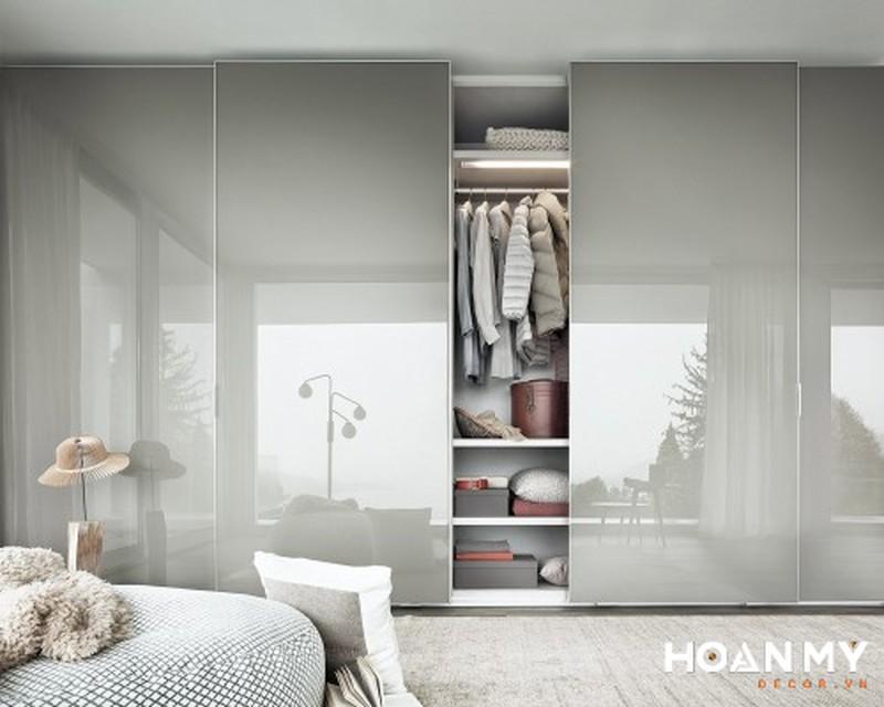 Mẫu tủ quần áo âm tường cánh lùa gỗ Acrylic bóng gương - Mẫu 2